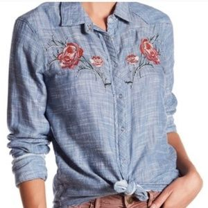 William rast denim floral top XL nwt